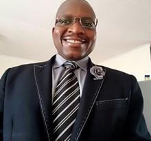 Dr Kwinda Munyadziwa (SA)